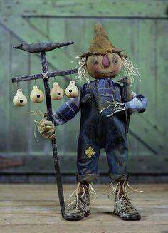Sweet Meadows Farm scarecrow. Love him!                                                                                                                                                      More