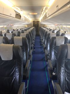 Virgin Australia Fokker 100 Cabin (3--2)