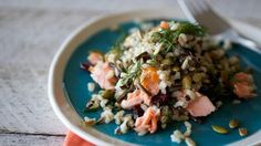 this wild rice, lemon and dill with pulled salmon is what's called a sit-down salad, rich and substantial enough to be a salad-as-meal. Wine Recipes, Cooking Recipes, Healthy Recipes, Yummy Recipes, Recipes Dinner, Lemon Dill Salmon, Sandwiches, Salmon Salad, Picnic Foods