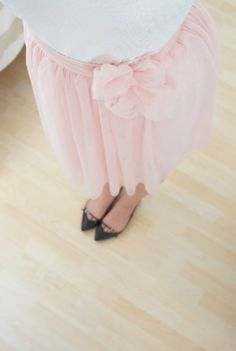 old skirt make over... sometimes cutting is enough! Tulle, Ballet Skirt, Skirts, How To Make, Ideas, Fashion, Pink, Summer, Gowns