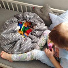 Baby Car Seats, Pillows, Children, Young Children, Boys, Kids, Cushions, Pillow Forms, Cushion