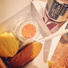 常温の烏龍茶とケーキ達。 #teatime #烏龍茶 #フランス菓子 from Instagram