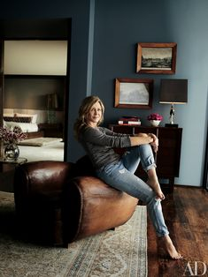Jennifer Aniston Gives a Tour of the $21 Million Home She Shares with Justin Theroux | Take a mini tour of Jennifer Aniston's $21 million Los Angeles home that she shares with her husband Justin Theroux, thanks to Architectural Digest. See the photos here.