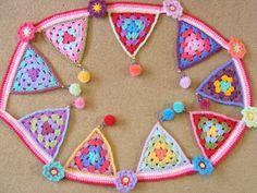 pinkfluffywarrior: Crochet bunting/Granny triangles