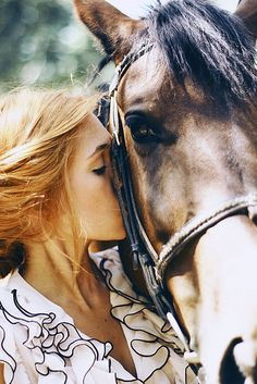 The connection between a girl and her horse is so indescribably amazing<3
