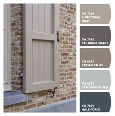 Best front door colors with red brick ranch window boxes ideas House Exterior Color Schemes, Exterior Paint Colors For House, Paint Colors For Home, House Shutter Colors, Exterior Shutter Colors, Exterior Shutters, Red Brick Exteriors, Brown Brick Exterior, Orange Brick Houses