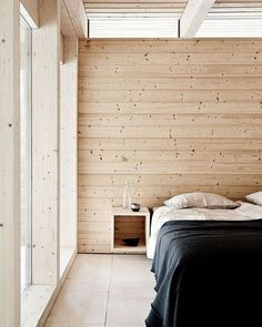The natural wooden walls and ceilings creates a real cottage feeling. wall Feriehytte i fantastisk snelandskab Wooden Wall Decor, Wooden Walls, Wooden Wall Bedroom, Minimal Bedroom, Earthy Bedroom, Bedroom Romantic, Bedroom Rustic, Cabin Interiors, Home Decor Bedroom
