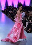 Andres Aquino dèfilé couture NY #lasemainedelamode #robe #femme #printempsete2012 # mode #andresaquino