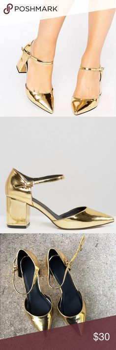 ASOS Kitten heels Asos WIDE FIT gold metallic kitten heels. Perfect amount of sass for any outfit. Very easy to walk in and made for comfort! Minimal wear shown in pictures, shoes are in great condition ASOS Shoes Heels