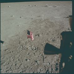 8,400 High-Res Images From The Apollo Moon Missions Were Just Put Online— Here Are The Best - Digg