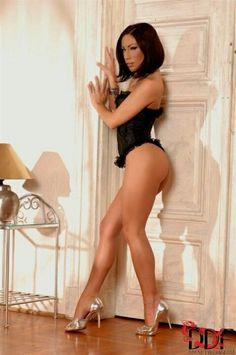 Nude woman gymnastics