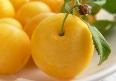 kriecherl - Google-Suche Dessert Aux Fruits, Desserts Fruits, Dessert Light, Cantaloupe, Snacks, Cookies, Vegetables, Sweet, Prune