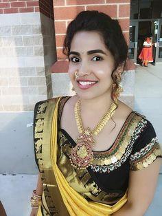 Kasu embellished blouse designs for silk saree Bridal Blouse Designs, Saree Blouse Designs, Blouse Styles, Blouse Desings, Maggam Work Designs, Work Blouse, Embroidered Blouse, Indian Designer Wear, Necklace Designs