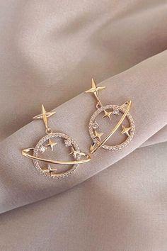 Ear Jewelry, Cute Jewelry, Jewelery, Jewelry Accessories, Women Jewelry, Fashion Jewelry, Jewelry Design, Trendy Accessories, Fashion Necklace