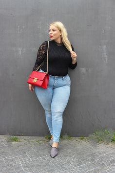 Red padlock gucci bag Plus size city outfit  caterina pogorzelski Plus size Model, Blogger, Tv-Host and actress