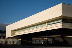 Biblioteca Municipal Municipal Libary  Viana do Castelo, Pt 2008 © Fernando Guerra, FG+SG Architectural Photography