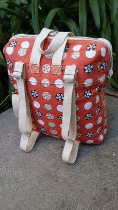 **Please note that this listing is not for a finished bag but for a PDF sewing pattern, available for instant download via Etsy once purchase is complete.** The Bookbag Backpack is a multi-purpose bag that is perfect for commuters and students, for busy parents, or for days out and travelling. With finished dimensions of 12 (30.5 cm) wide, 15 (38 cm) tall, and 3 (7.5 cm) deep, this versatile bag is big enough to hold multiple items. One tester managed to fit a laptop, an A4 folder, and her…