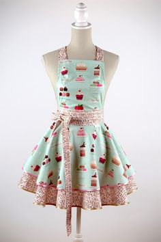 LUXURY+APRON+CHIC&Lovely+CUPCAKE+green+from+CHIC&Lovely+by+DaWanda.com