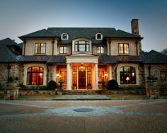 Stunning Classic-Traditional Home Designs: Great Rivermeade Residence Design Exterior Classic House Architecture