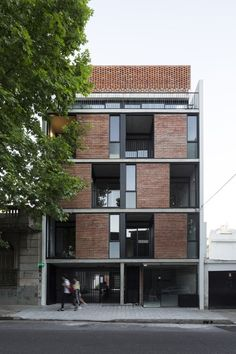landscape architecture - Prefabricated modules form brick facade of Buenos Aires apartment block Building Facade, Building Exterior, Building A House, Residential Building Design, Architecture Résidentielle, Computer Architecture, Architecture Portfolio, Appartement Design, Brick Facade