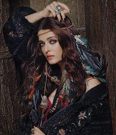 - holy shit - marvelous - Aishwarya Rai in Dabboo-Ratnani Calander 2017 Actress Aishwarya Rai, Aishwarya Rai Bachchan, Deepika Padukone, Bollywood Actors, Bollywood Celebrities, Bollywood Fashion, Bollywood Style, Beautiful Bollywood Actress, Beautiful Indian Actress