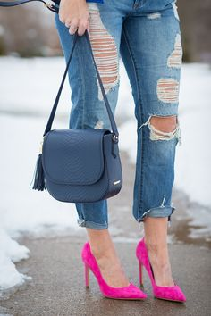 GiGi New York | Seersucker + Saddles Fashion Blog | Kelly Navy Saddle Bag