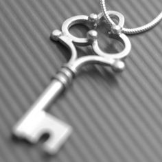 Commission key for a very special lady! Key necklace, silver, LWSilver. #jewellery #lwsilver #wedding #key #handmade #commission