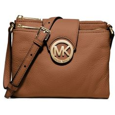 MICHAEL Michael Kors Fulton Large Pebbled Crossbody (90.310 CLP) ❤ liked on Polyvore featuring bags, handbags, shoulder bags, purses, accessories, luggage, purse crossbody, leather handbags, leather cross body purse and leather crossbody handbags