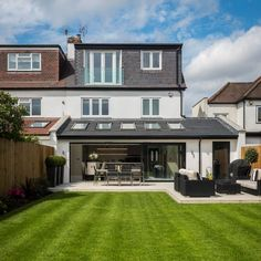 House extension design Adorable 40 Fabulous Modern Garden Designs Ideas For Front Yard and Backyard 1930s House Extension, House Extension Plans, House Extension Design, Extension Designs, House Design, Rear Extension, Extension Ideas, Bed Design, Conservatory Extension
