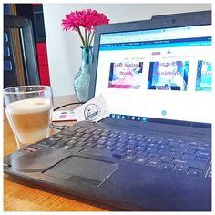 Dit weekend werk ik gewoon lekker door. Maar wat wordt ie mooi die website duidelijk en overzichtelijk. Steeds meer 'Zichtbaar Jij'. En vandaag ga ik ook nog bakken... pompoencake. Ik ben benieuwd!  Ga jij nog wat leuks doen deze zondag?  #werkenopzondag #website #WordPress #divi #ondernemen