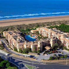 Texto: 41348 Punta Umbria, Andalusia, Paris Skyline, Places To Go, Spain, Romantic, Beach, Travel, Voyage