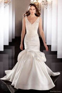 This is very va va vooooom but pretty! martina liana fall 2013 wedding dress style 444