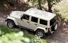 my dream car... my exact jeep but all white, including top.