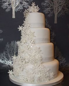 snowflake wedding cake