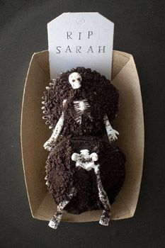 """Rise from the Dead"" cupcakes"