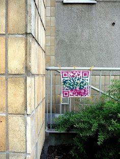 #www.qr-3d.weebly.com #qr #3d #code #crochet #yarnbombing QR Code