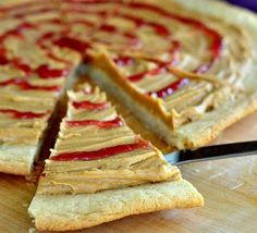 Crazy Good PB&J Cookie Pizza   This Disneyland copycat recipe will making you hungry AND nostalgic!