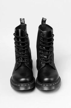 boots fashion style streetwear