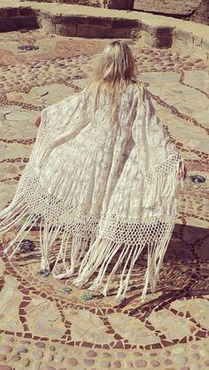 Coachella Fashion Inspiration | Vintage Fringe White Kaftan Coat; Bohemian, Gypsy Princess Style