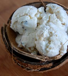 Recipe for Easy Coconut and Chocolate Chip Ice Cream