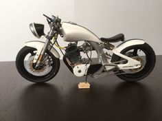 Mac Motorcycle 1/12