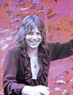 greg of emerson lake and palmer ♥ ♫ Elven Queen, Emerson Lake & Palmer, Greg Lake, Famous Musicians, Progressive Rock, Beautiful Voice, Lake Life, Moon Child, Happy Girls