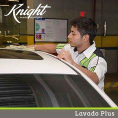 Es llamado Lavado Plus, porque adicional a lavarlo, el vehiculo queda brillado y protegido. #LavadoEcológico #Knight
