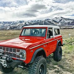 No automatic alt text available. Old Ford Bronco, Bronco Truck, Early Bronco, Jeep Truck, Cool Trucks, Pickup Trucks, Classic Bronco, Classic Ford Broncos, Classic Trucks