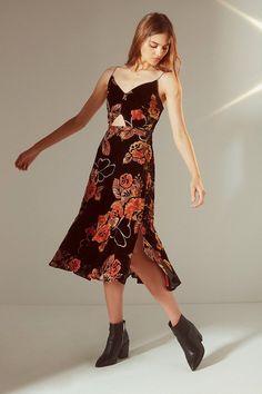 5c8d1cc52fc Urban Outfitters Burnout Velvet Cut-Out Midi Dress Chic Dress