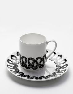 Knit & Loop plate