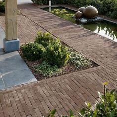 Dikformaat Antraton: https://www.bricksandstones.nl/dikformaat-antraton-30.html