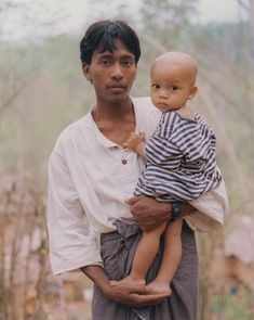 "Artwork: Chan Chao, ""Aung Ko with Yan Naing,"" Burma: Something Went Wrong (series), May chromogenic print National Gallery Of Art, Asian American, New Set, Art Object, American Artists, Kos, Social Studies, United States, Couple Photos"
