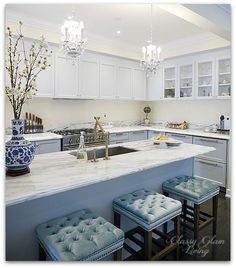 New House Kitchen Update Glass Knobs & Bronze Pulls | Kitchen styling | Classy Glam Living