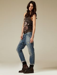 Fashion pictures or video of AllSaints S/S Women; in the fashion photography channel 'Advertising'. Boho Fashion, Spring Fashion, Fashion Outfits, Tomboy Fashion, Rock Star Outfit, Jeans Outfit Summer, Summer Jeans, Love Jeans, Fashion Pictures